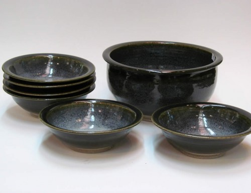 Black Green Dinner Bowls and Mixing Bowl